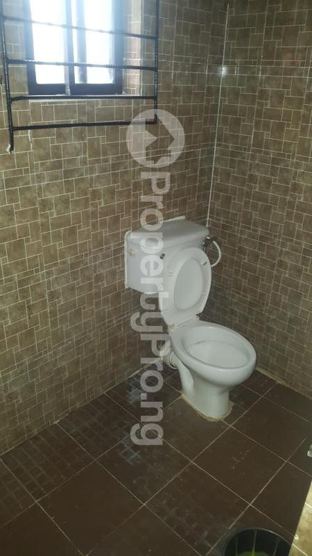 2 bedroom Self Contain Flat / Apartment for rent Ologede estate, new garage ibadan Akala Express Ibadan Oyo - 4