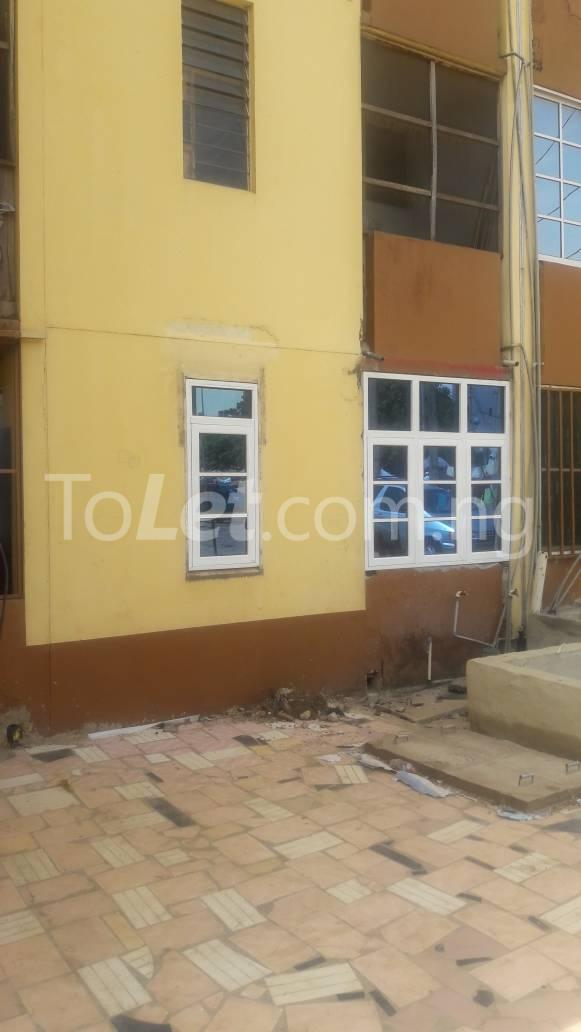 1 bedroom mini flat  Flat / Apartment for rent zone 6 Wuse 1 Abuja - 2