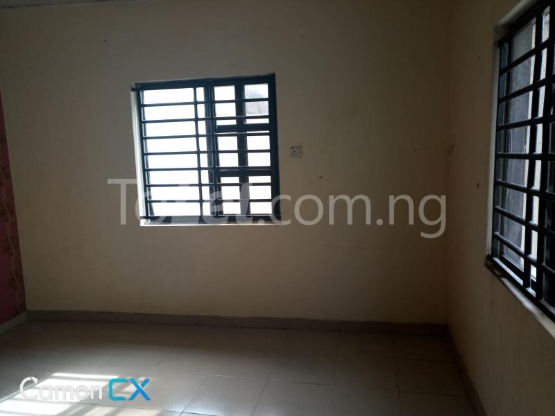 1 bedroom mini flat  Flat / Apartment for rent Off Hakeem Dickson street lekki phase1 Lekki Phase 1 Lekki Lagos - 4