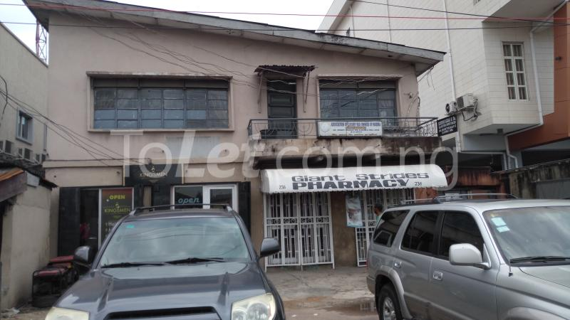 3 bedroom Commercial Property for sale Beside Diamond Bank.  Alagomeji Yaba Lagos - 0