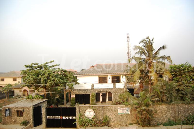 10 bedroom House for sale Off Ago palace way Ago palace Okota Lagos - 1