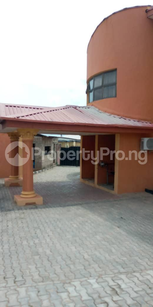Hotel/Guest House Commercial Property for rent sharp corner oluyole estate Ibadan.  Ibadan Oyo - 1