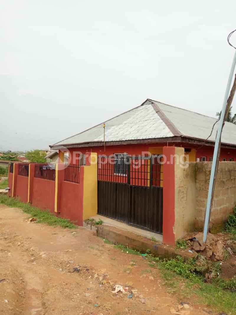 10 bedroom Mini flat Flat / Apartment for sale Papa area Apete Ibadan. Ibadan Oyo - 3