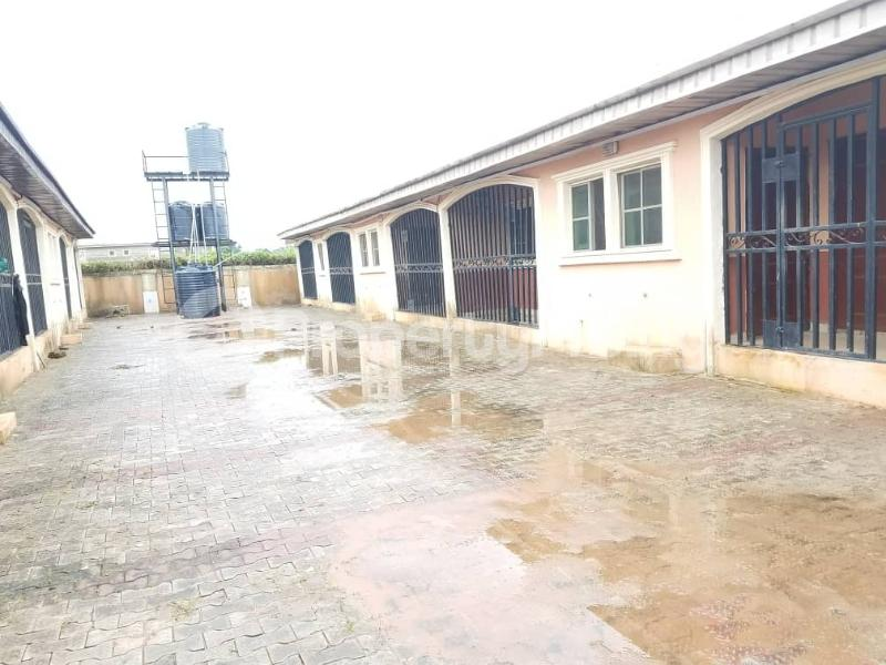 2 bedroom Blocks of Flats House for sale Ekae, Sapele Road, Oredo Edo - 4