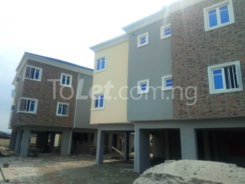 3 bedroom Flat / Apartment for rent Omole Phase 2 Berger Ojodu Lagos - 12