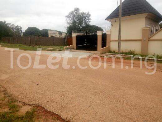 3 bedroom House for sale chalawa cresent Kaduna South Kaduna - 3