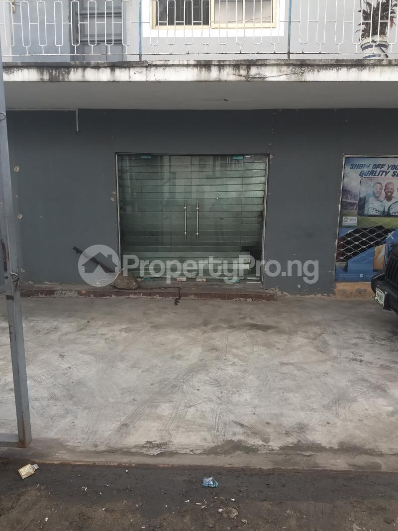 Show Room Commercial Property for rent bode Thomas Bode Thomas Surulere Lagos - 0