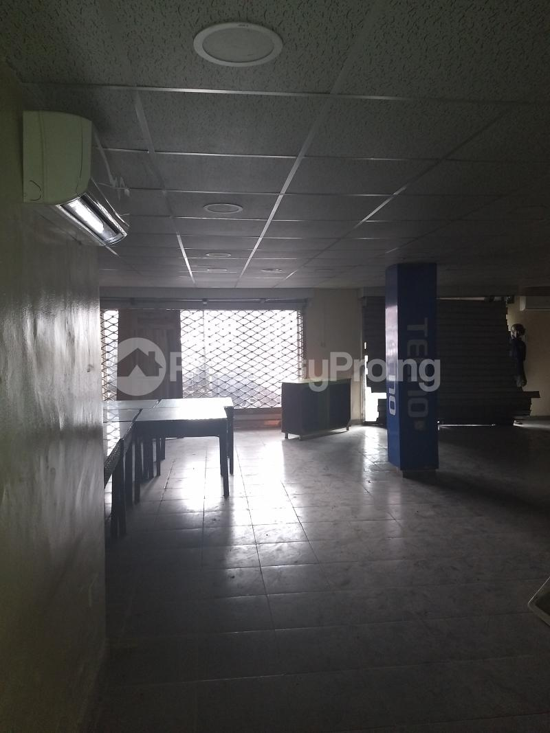 Show Room Commercial Property for rent bode Thomas Bode Thomas Surulere Lagos - 3