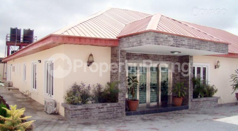 10 bedroom Hotel/Guest House Commercial Property for sale Sunsu Area beside the State Hospital Ogbomosho Oyo - 0