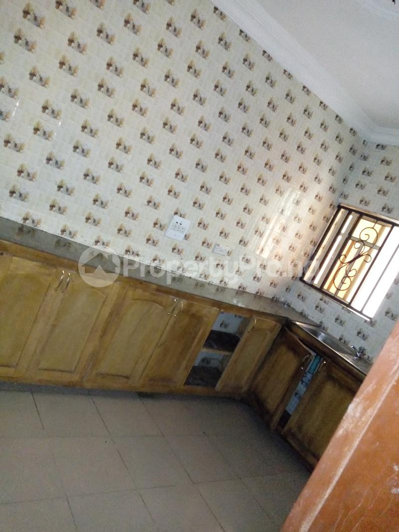 3 bedroom Self Contain Flat / Apartment for rent Green gate Oluyole Estate Ibadan Oyo - 3