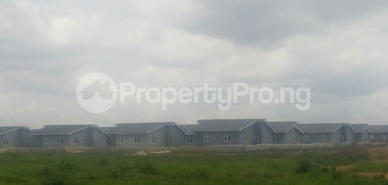 3 bedroom Terraced Bungalow House for sale Alafara Idishin Ibadan Oyo - 4