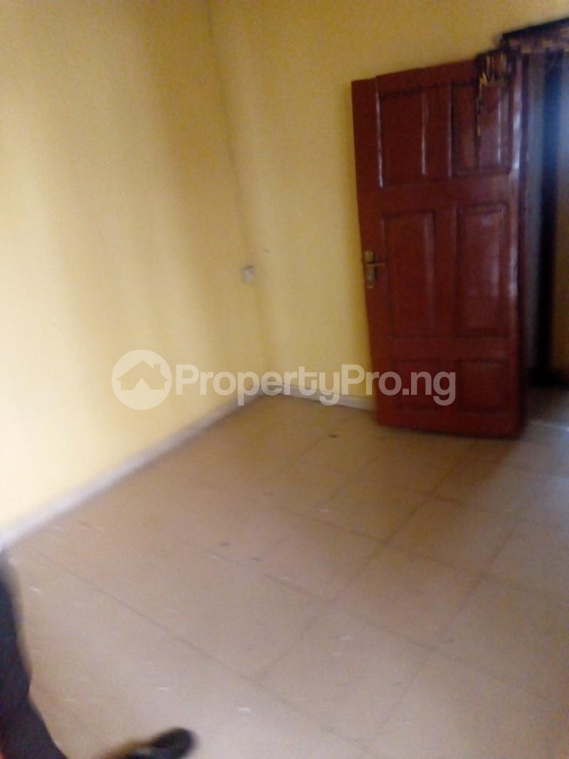 2 bedroom Flat / Apartment for rent Ogunmekun street by moshakashi bus Bariga Shomolu Lagos - 2
