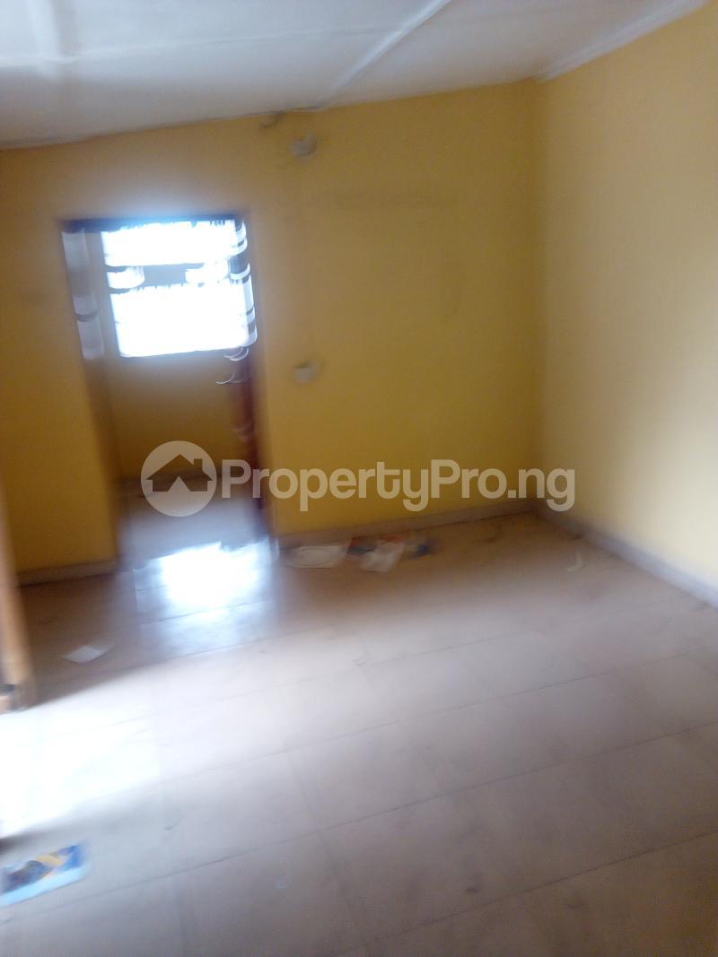 2 bedroom Flat / Apartment for rent Ogunmekun street by moshakashi bus Bariga Shomolu Lagos - 0