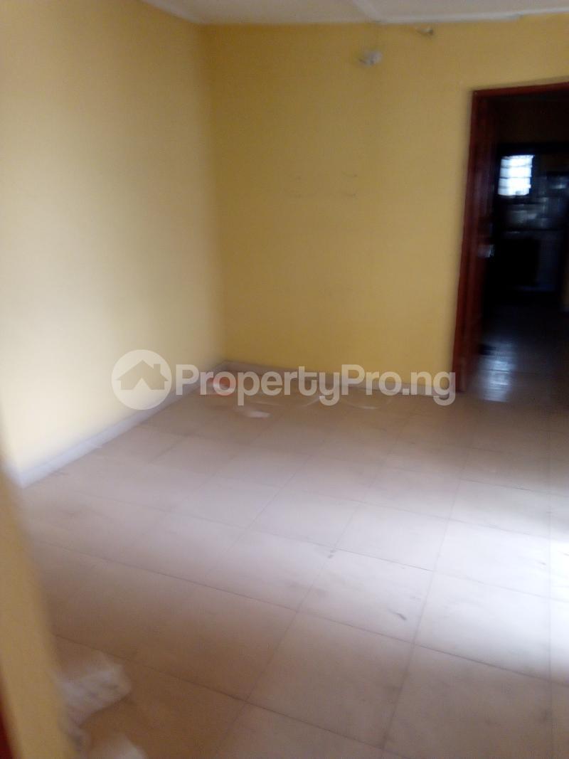 2 bedroom Flat / Apartment for rent Ogunmekun street by moshakashi bus Bariga Shomolu Lagos - 1