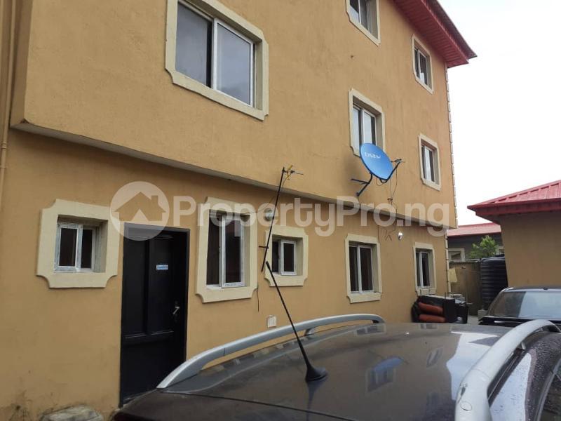 2 bedroom Flat / Apartment for rent Ajah Lagos - 3