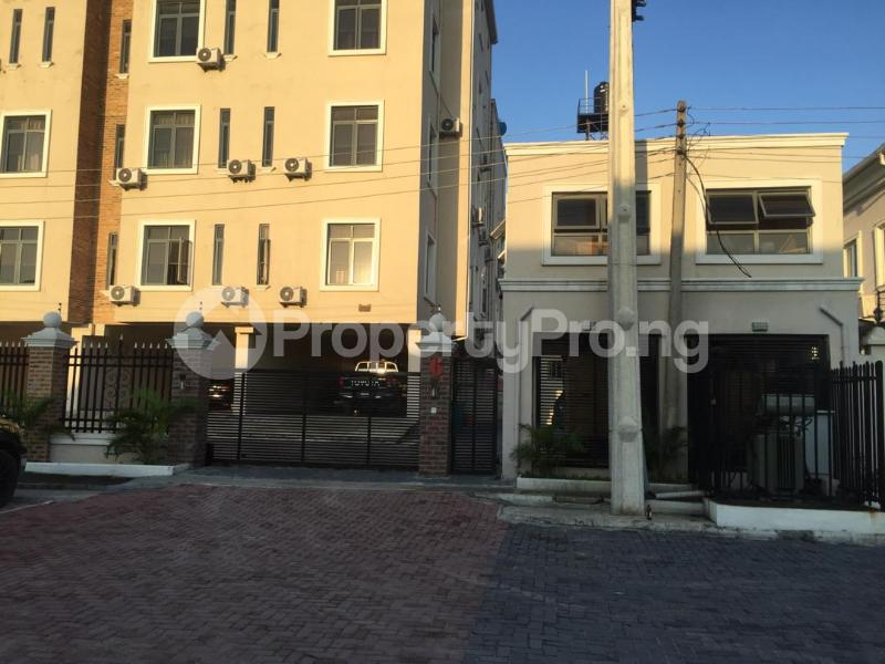2 bedroom Flat / Apartment for sale - Agungi Lekki Lagos - 16