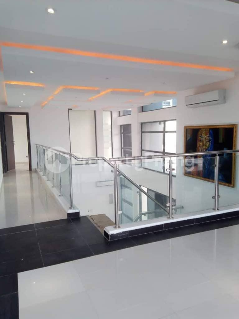 2 bedroom Flat / Apartment for rent - Banana Island Ikoyi Lagos - 1
