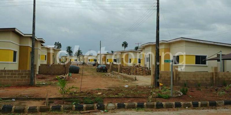 2 bedroom House for sale treasure island street Mowe Obafemi Owode Ogun - 1