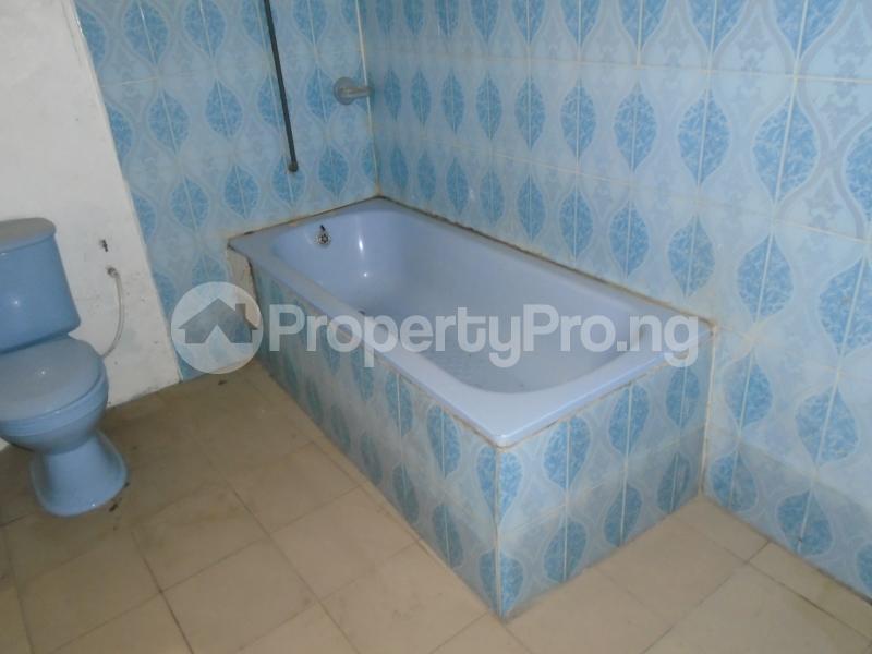 2 bedroom Detached Bungalow House for rent in an estate at adeniyi jones Adeniyi Jones Ikeja Lagos - 19