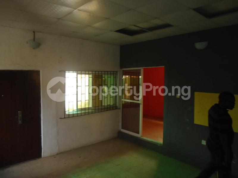 2 bedroom Detached Bungalow House for rent in an estate at adeniyi jones Adeniyi Jones Ikeja Lagos - 5