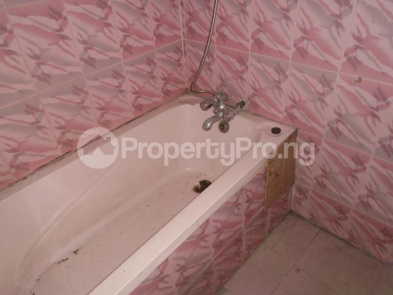 2 bedroom Detached Bungalow House for rent in an estate at adeniyi jones Adeniyi Jones Ikeja Lagos - 12