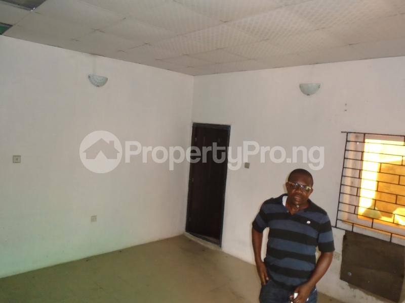 2 bedroom Detached Bungalow House for rent in an estate at adeniyi jones Adeniyi Jones Ikeja Lagos - 4