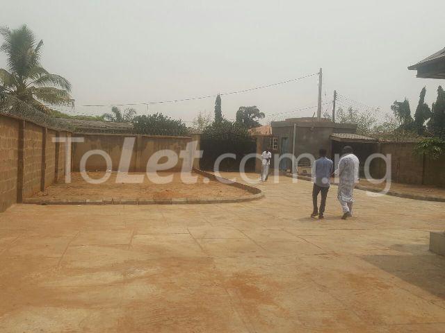 2 bedroom House for sale Off Tanke street, ILORIN GRA Ilorin Kwara - 0