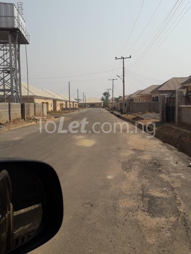 2 bedroom Detached Bungalow House for sale  ihejirika avenue Phase 2 Abuja - 1