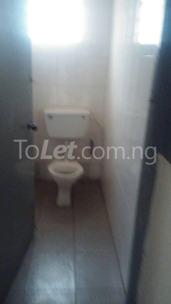 2 bedroom Flat / Apartment for rent off Ogunlana drive Ogunlana Surulere Lagos - 3