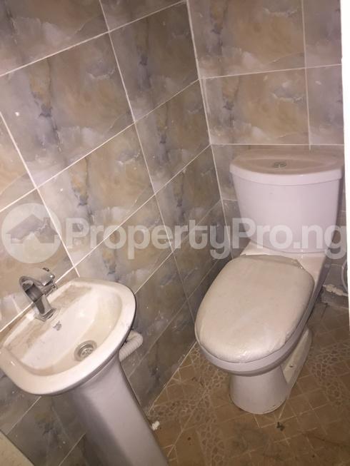 2 bedroom Flat / Apartment for rent shanisha community via Magodo GRA Phase 2 Kosofe/Ikosi Lagos - 10