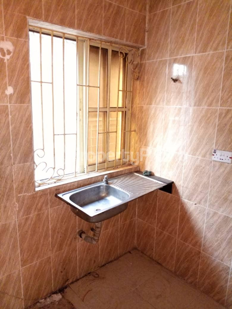 2 bedroom Flat / Apartment for rent Off Morroco Road  Abule-Ijesha Yaba Lagos - 4
