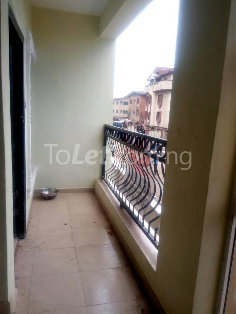 2 bedroom Flat / Apartment for rent Bajulaye  Fola Agoro Yaba Lagos - 5