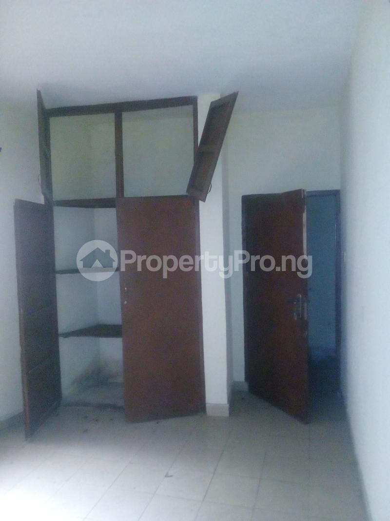 2 bedroom Flat / Apartment for rent Victor olaiya street off ademola ojomo  Aguda Surulere Lagos - 2