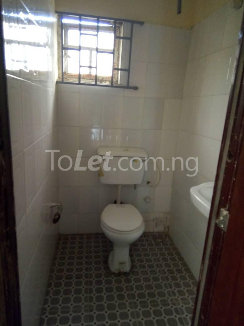 2 bedroom Flat / Apartment for rent Onipanu Palmgroove Shomolu Lagos - 3