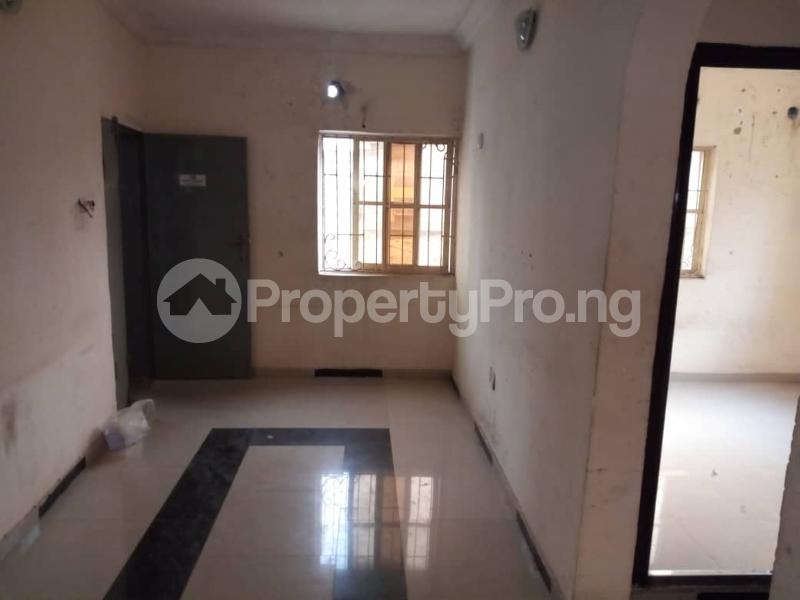2 bedroom Flat / Apartment for rent Off Morroco Road  Abule-Ijesha Yaba Lagos - 1