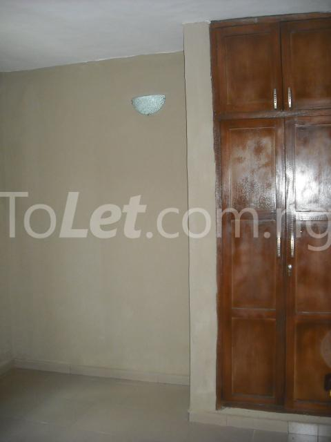 2 bedroom Flat / Apartment for rent Adelekan Street, Alakuko. Ojokoro Abule Egba Lagos - 2