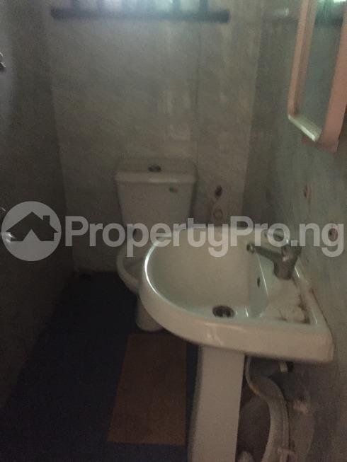 2 bedroom Flat / Apartment for rent raji oladimeji Magodo GRA Phase 2 Kosofe/Ikosi Lagos - 10