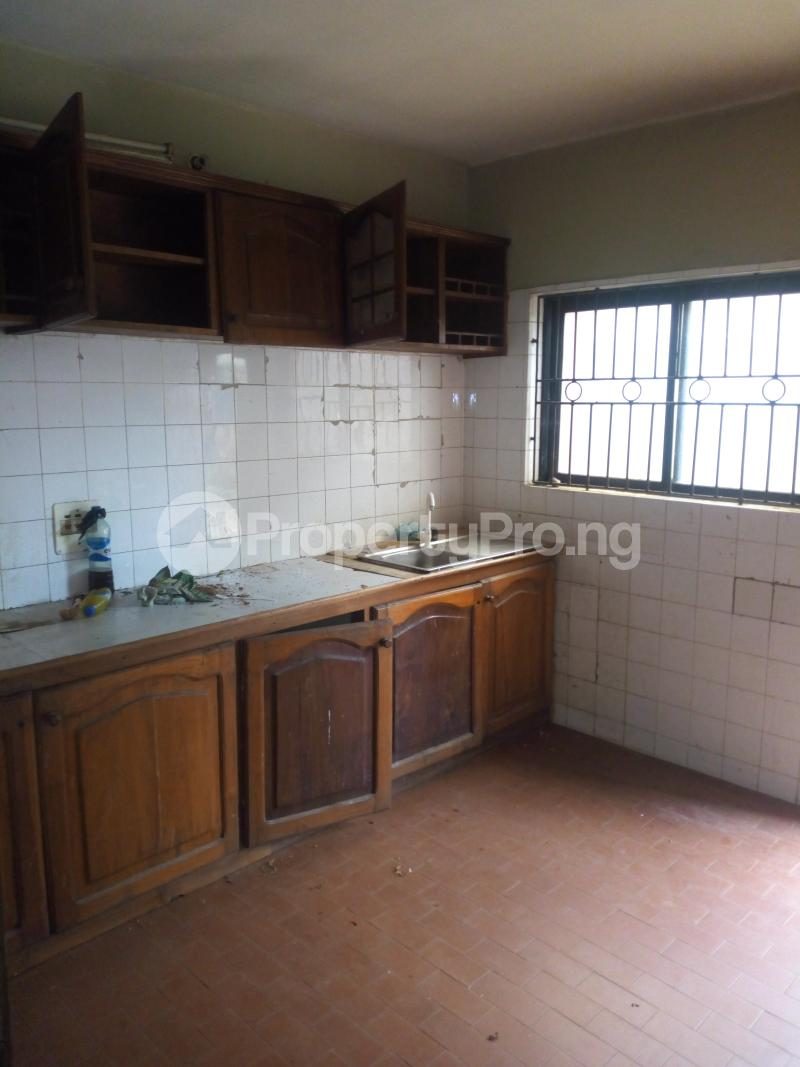 2 bedroom Blocks of Flats House for rent Molade Iwo Rd Ibadan Oyo - 5