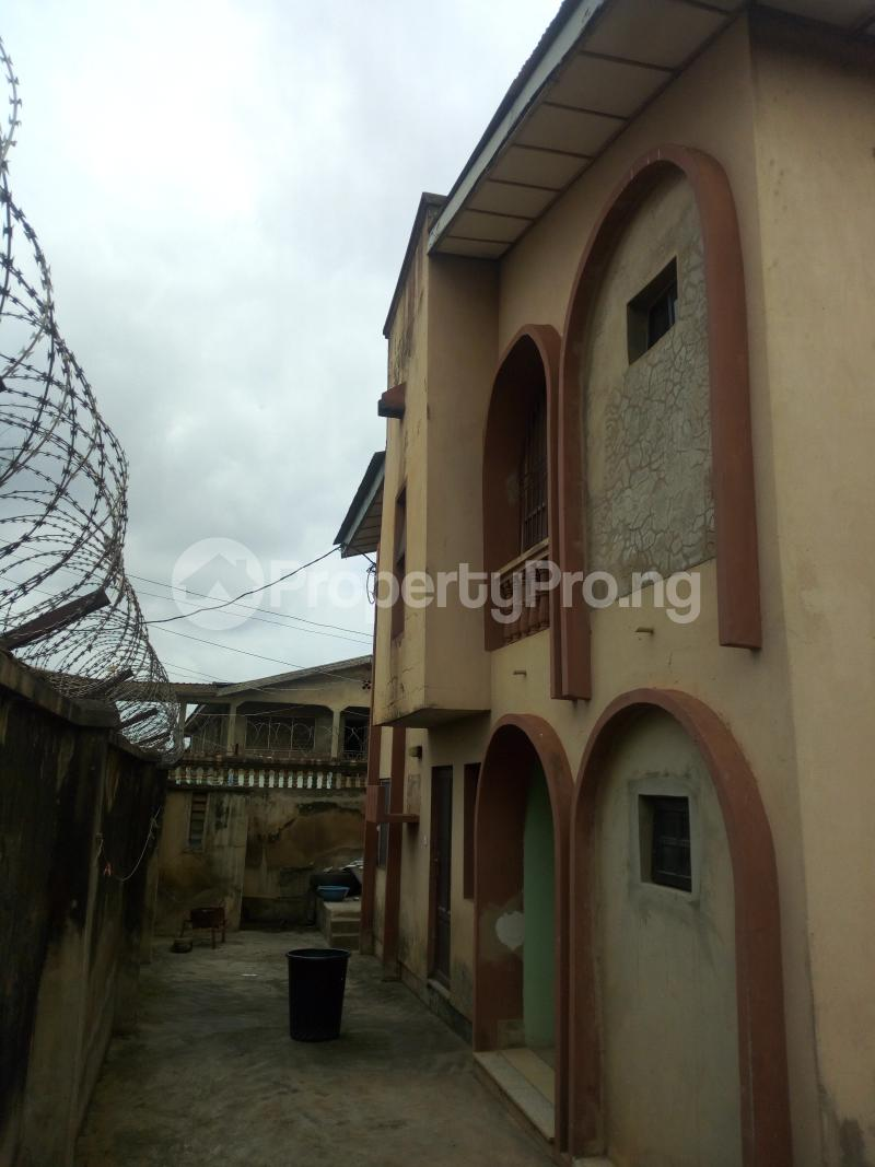 2 bedroom Blocks of Flats House for rent Molade Iwo Rd Ibadan Oyo - 0