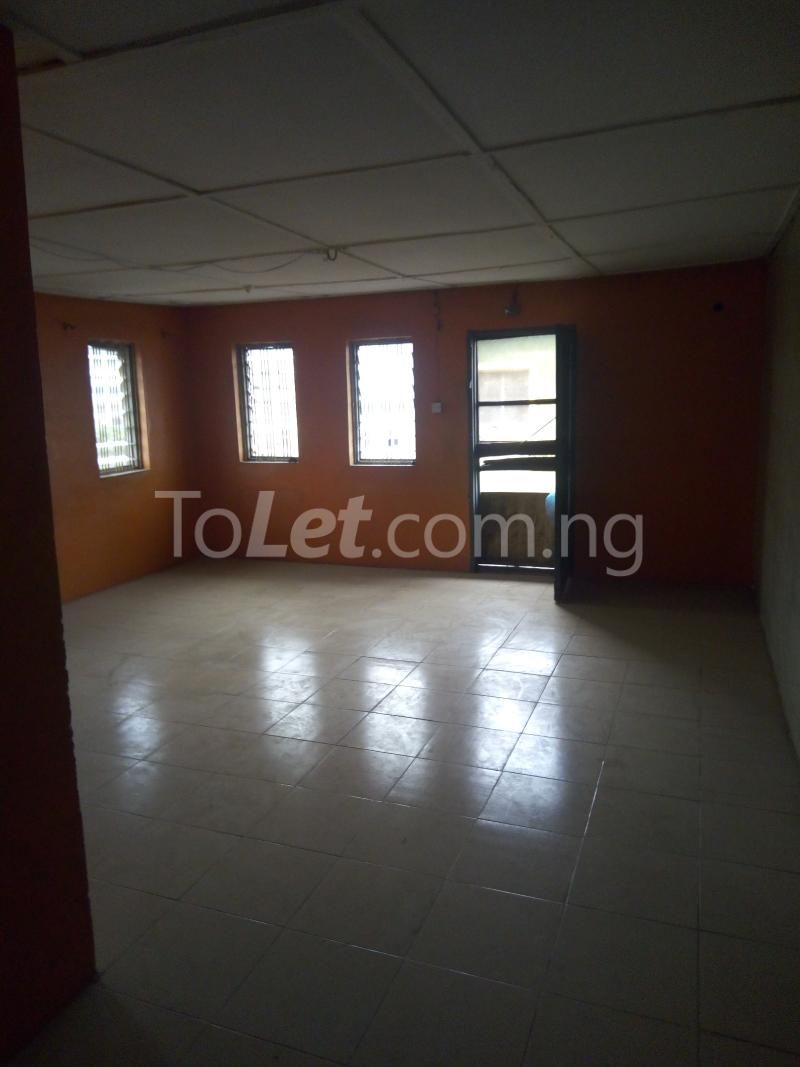 2 bedroom Flat / Apartment for rent Off Pedro road  Palmgroove Shomolu Lagos - 1