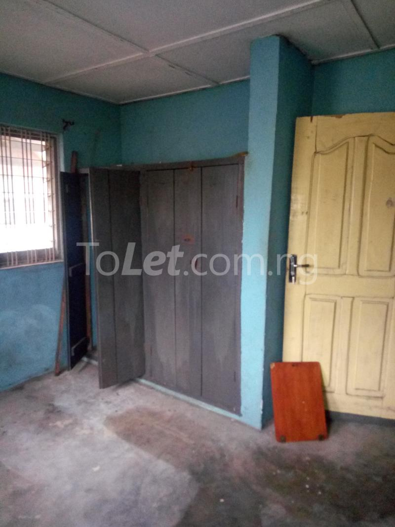 2 bedroom Flat / Apartment for rent Off Pedro road  Palmgroove Shomolu Lagos - 2