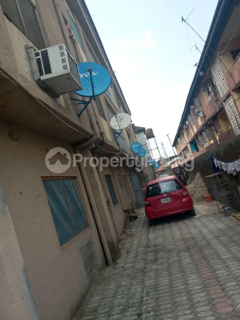 2 bedroom Flat / Apartment for rent Aguda Surulere Lagos - 3