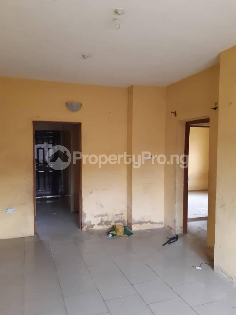2 bedroom Flat / Apartment for rent Palmgroove Shomolu Lagos - 4