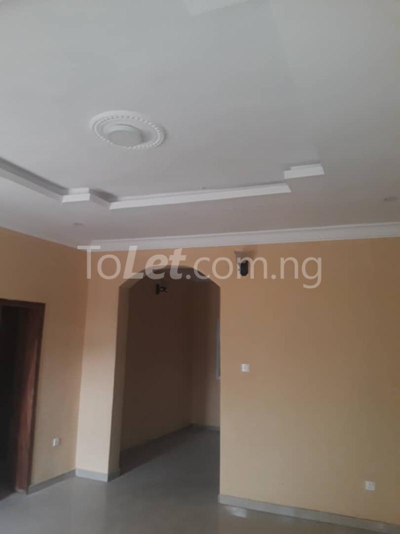 2 bedroom Flat / Apartment for rent GRA Phase 2 Magodo GRA Phase 2 Kosofe/Ikosi Lagos - 6