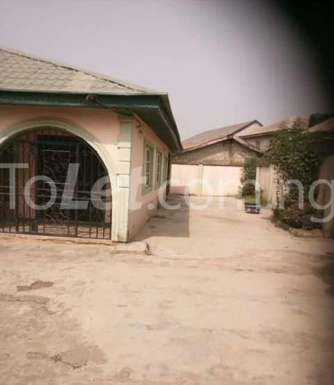 2 bedroom Flat / Apartment for rent Car wash bus stop Egbeda Alimosho Lagos - 2