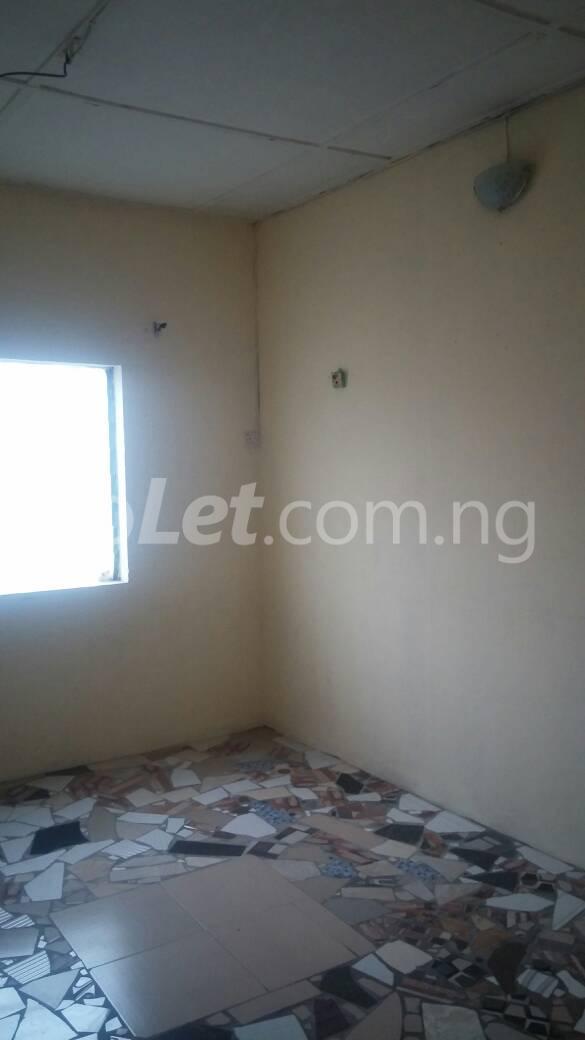 2 bedroom Flat / Apartment for rent off Ogunlana drive Ogunlana Surulere Lagos - 8