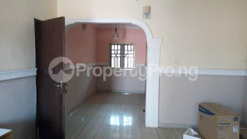 2 bedroom Flat / Apartment for rent Ile-epe bustop very close to Oke-odo Junior high School Abulegba Oke-Odo Agege Lagos - 3