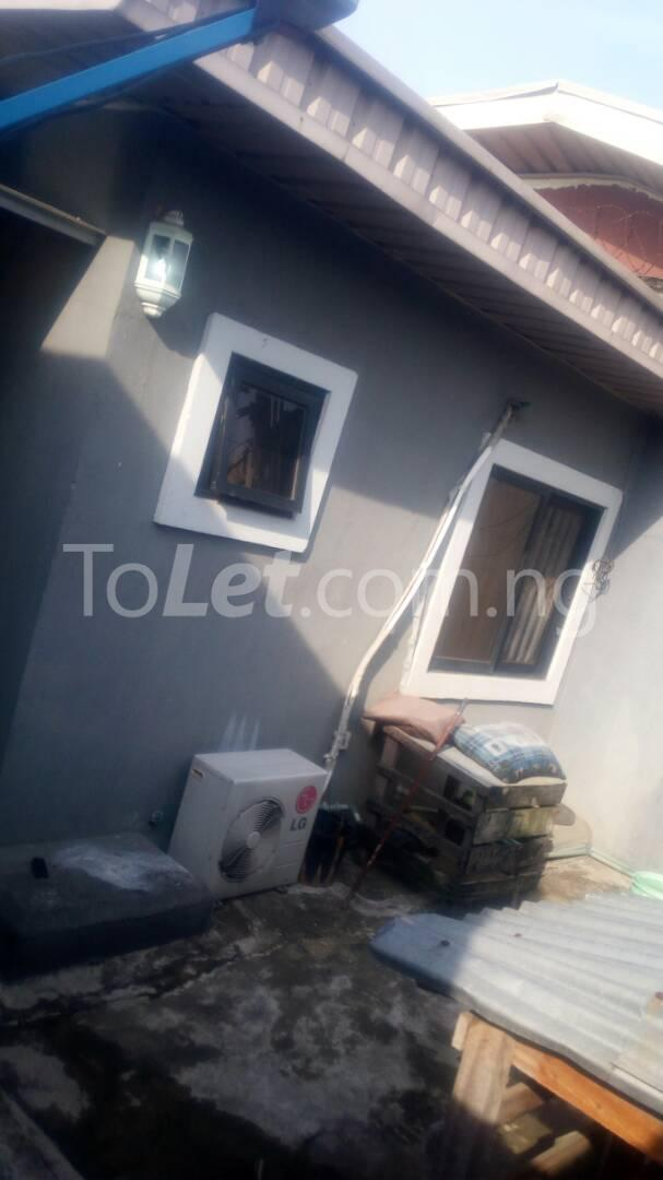 2 bedroom Flat / Apartment for rent - Randle Avenue Surulere Lagos - 2