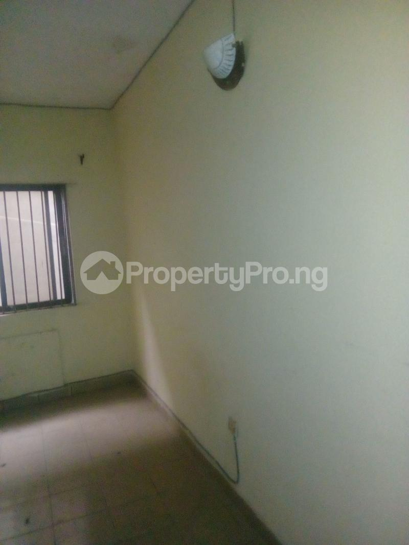 2 bedroom Flat / Apartment for rent Victor olaiya street off ademola ojomo  Aguda Surulere Lagos - 1