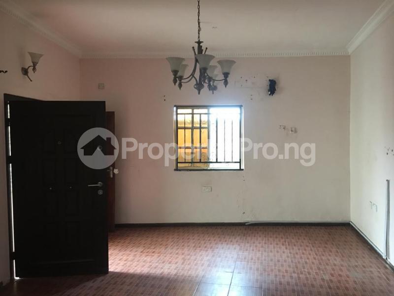 2 bedroom Flat / Apartment for rent Off ogunlana drive falolu street Ogunlana Surulere Lagos - 2